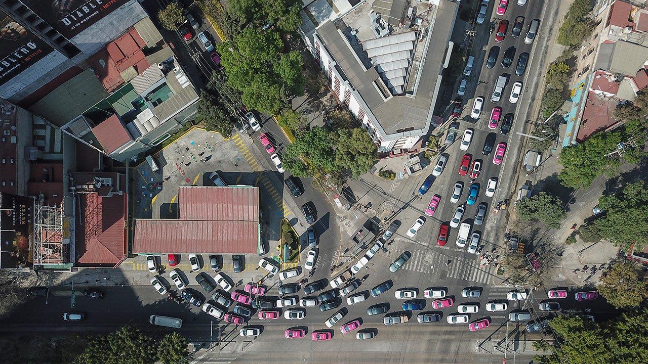 La Comisión Federal de Competencia Económica (Cofece) advirtió sobre la falta de gasolineras en gran parte de nuestro país.